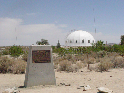 Integratron_with_sign