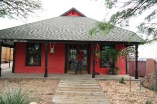 White Raven Store