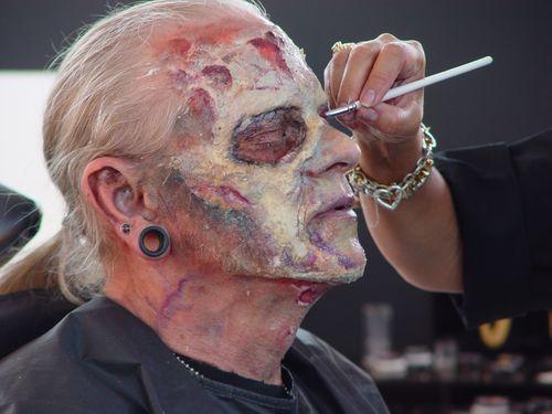 Zombie19